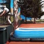 falešný bungee jumping praha